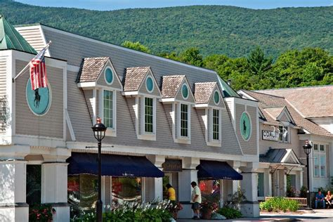 Vermont Places to Visit   Towns   Stratton Magazine