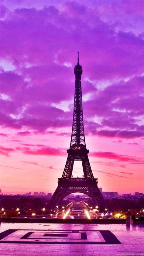 Bright Picture Of The Eiffel Tower Wallpapers And Images