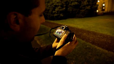 Canon Rebel T6 (EOS 1300D) : Low light photo & video - YouTube