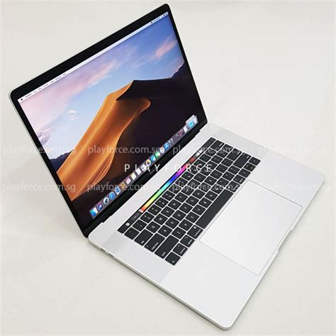 Macbook Pro 2018 (15-inch Touch Bar, 256GB, Silver