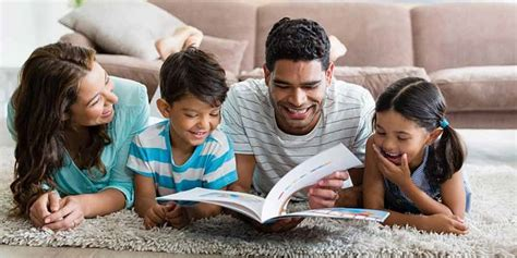 Study says language-savvy parents boost kids' reading ability