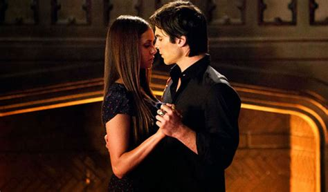 What Not to Do Before a Kissing Scene, According to 'The