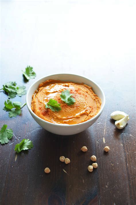 Roasted Red Pepper Hummus + tips for a smoother hummus