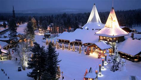 Top 5 Places to Celebrate Christmas Holidays – Keepgo